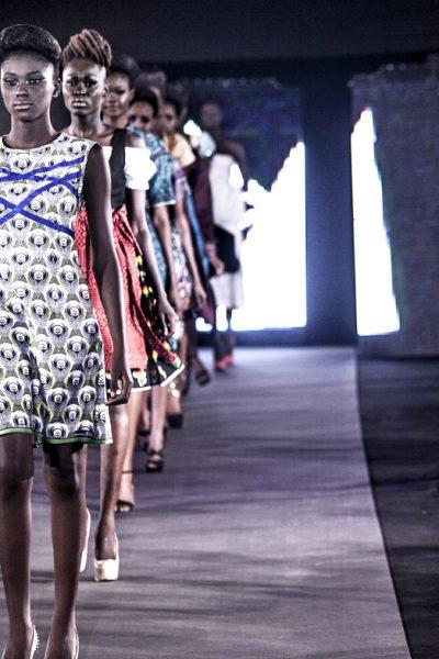 time4africa zum Abschluss des Catwalk © Sharon Lomanno
